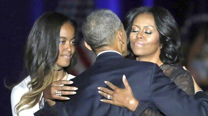 Michelle Obama a purtat un inel creat de un designer roman, la ultimul discurs al sotului. Afla despre cine este vorba!