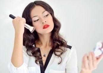 Dependenta de make-up: iata comportamentele care dauneaza grav frumusetii