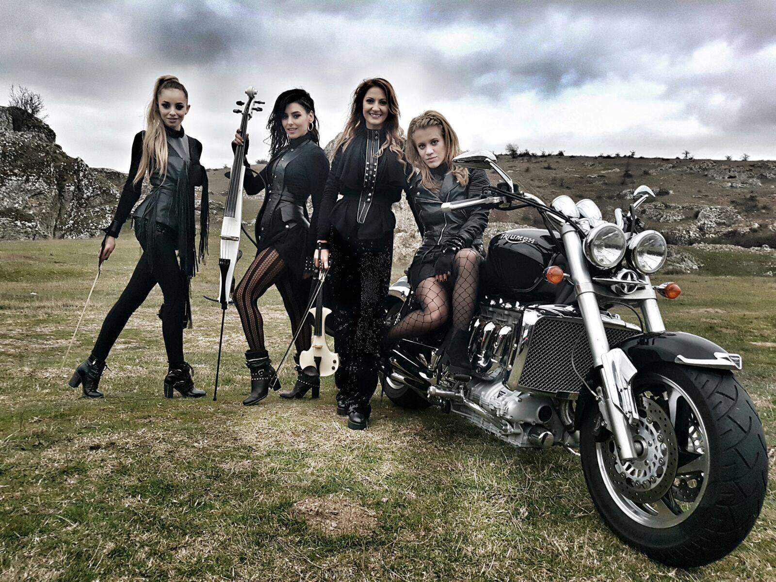 "Amadeus a lansat ""November Rain"", videoclip-tribut Guns N' Roses"
