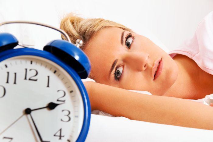 Dormi putin? Iata 7 consecinte periculoase!