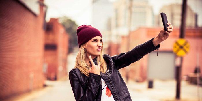 Cum ne influenteaza selfie-urile?