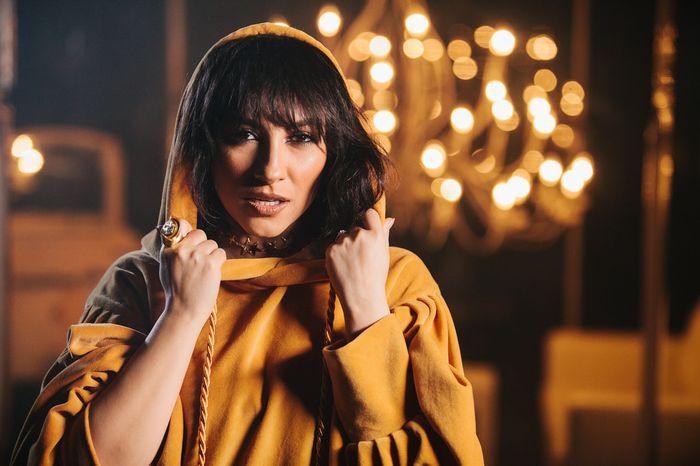 """Andra a lansat videoclipul noului ei single, """"La Refren"""""""
