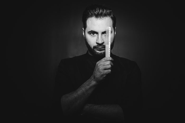 Cele mai noi tehnici pentru indreptat si ondulat parul, dezvaluite de hairstylistul Mihai Despina