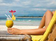 Meniu pentru plaja. Ce trebuie sa mancam atunci cand ne expunem razelor solare si care este explicatia