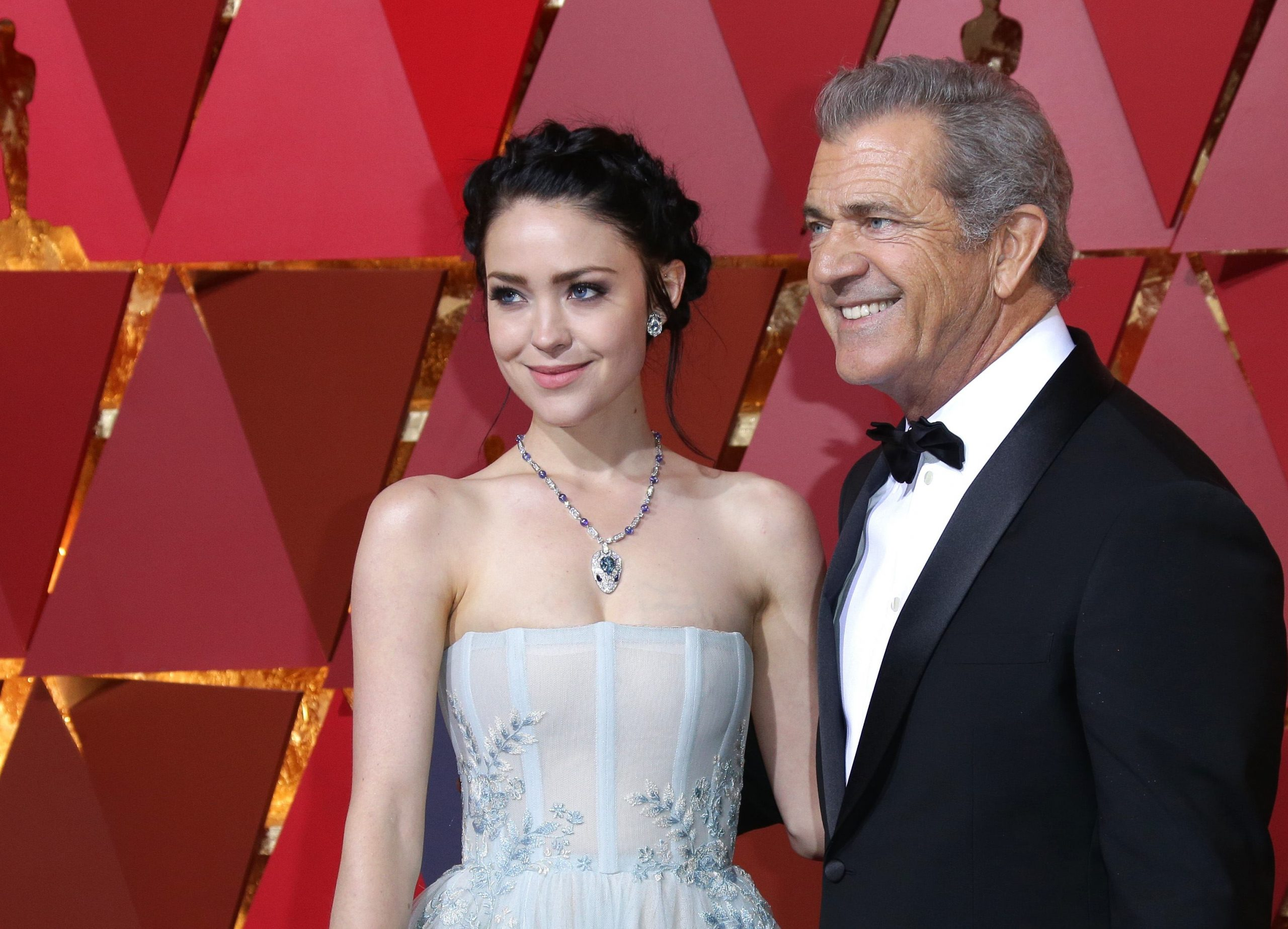 Mel Gibson si-a scos la vanzare casa din Malibu: vezi detaliile care arata cat de credincios este!
