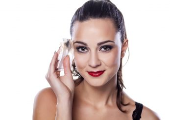 Cosmeticele rezistente la transfer: iata cum te demachiezi corect!