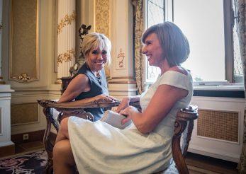 Carmen Iohannis sau Brigitte Macron: ce stil vestimentar iti place mai mult?