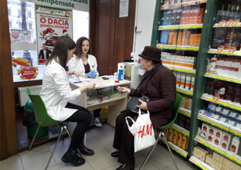 Sibienii si-au putut masura gratuit glicemia si tensiunea la Catena