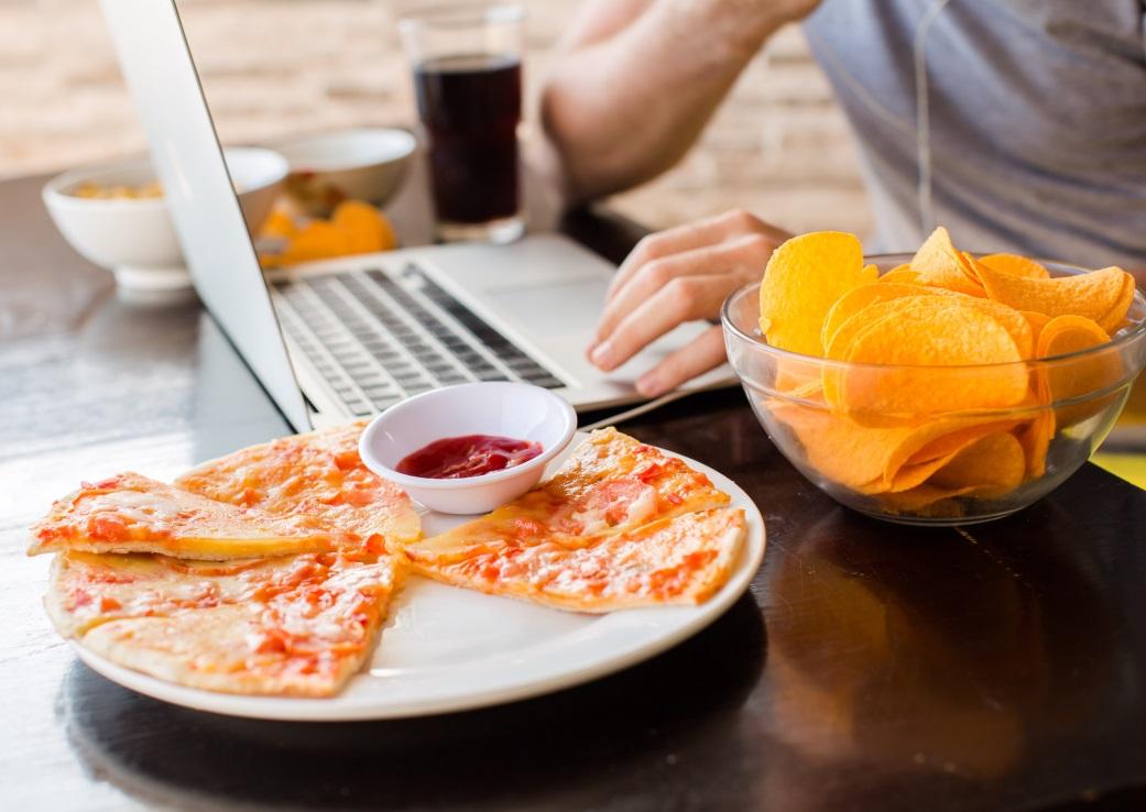 Istoria lumii într-o felie mare de pizza
