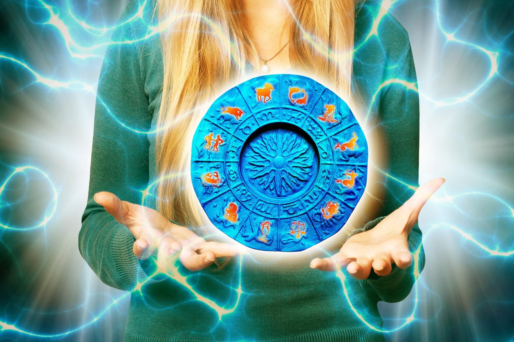 Sub zodia frumusetii: spune-mi ce semn astral esti ca sa-ti spun cum sa te ingrijesti!