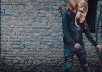 """""""Something In Your Eyes"""": single si videoclip Les Elephants Bizarres feat. Kent Archie"""