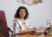"Dr. Sinescu: ""Frumusetea inseamna simetrie"""