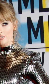 American Music Awards – cele mai spectaculoase aparitii pe covorul rosu