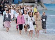 Chanel, croaziera de vis in mijlocul Parisului