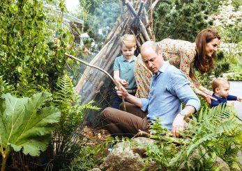 Kate si William, sedinta foto cu copiii in gradina