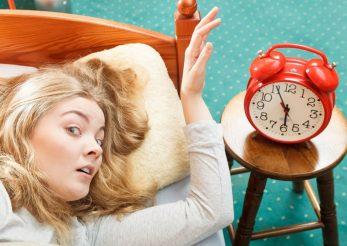 Cum poate schimbarea orei să îți afecteze sănătatea