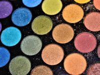 Fenty Beauty a lansat 8 mini-palete de farduri