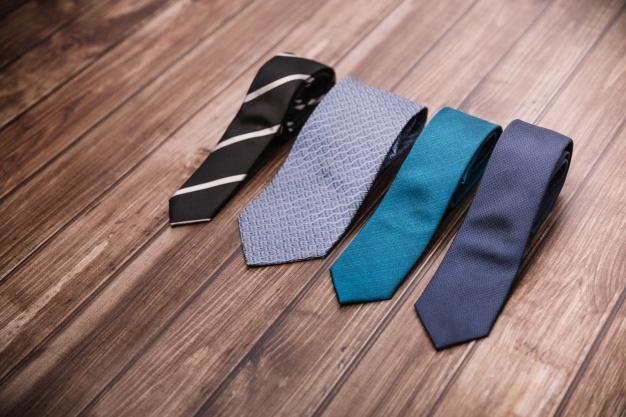 15 cravate pe care să le porţi în acest an
