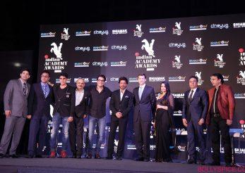 Oscarurile Bollywoodiene amânate