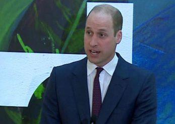 Prinţul William, pregătit să fie pilot pe elicoptere ambulanţă în pandemie
