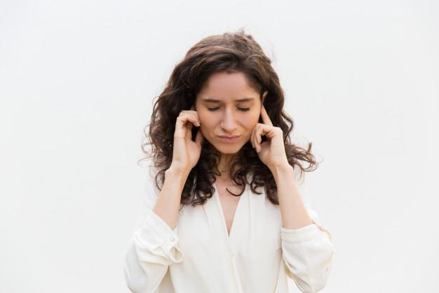 Pot scăpa de ţiuitul din urechi cauzat de tinitus?