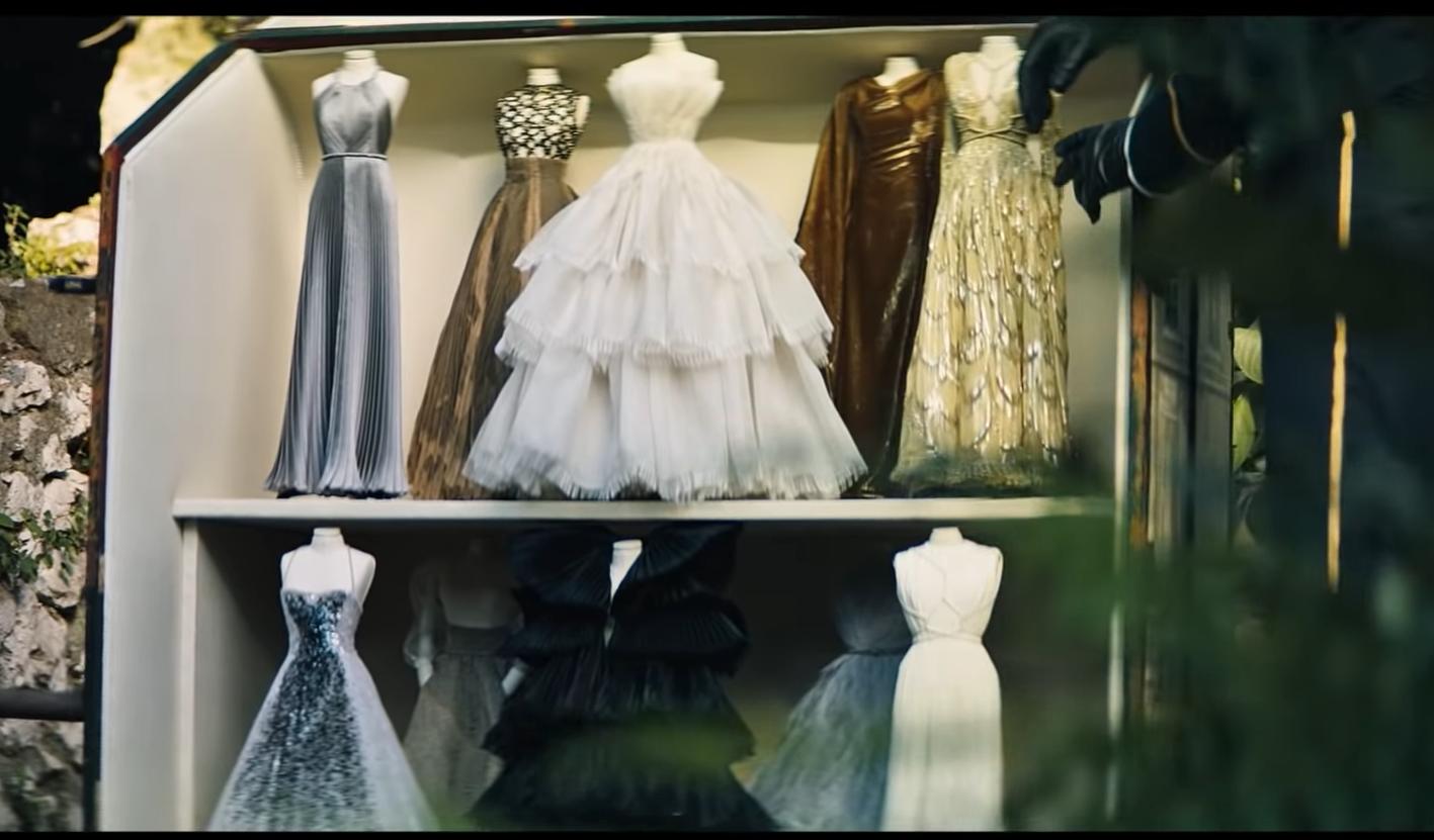 Dior – prezentare Haute Couture cu nimfe şi sirene