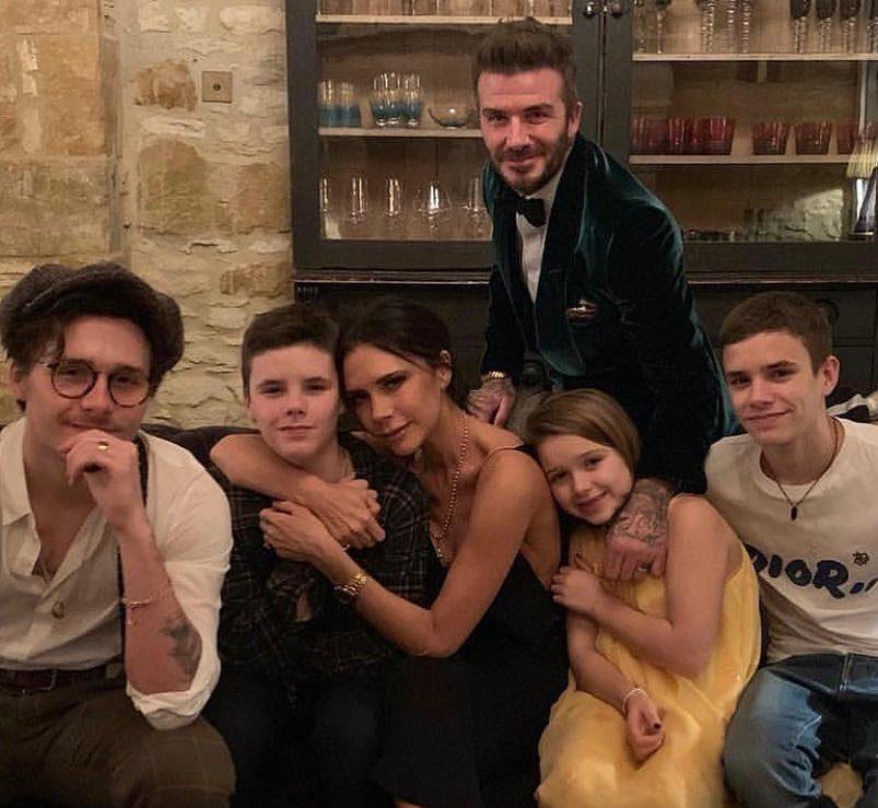 Bat clopote de nuntă în familia Beckham