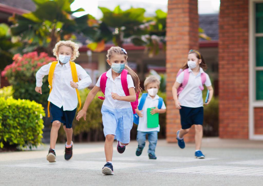 Copii de vedete în prima zi de școală