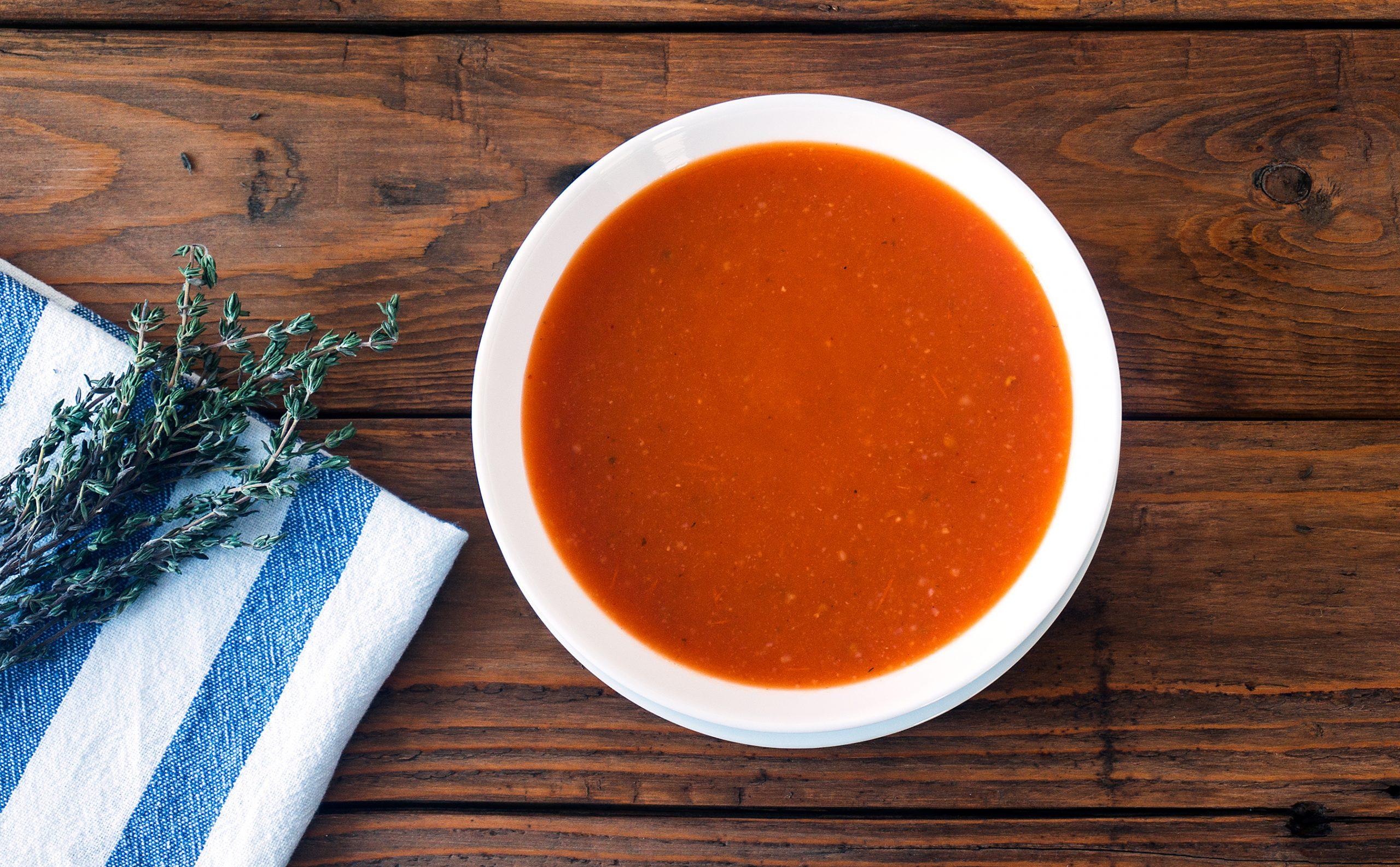 8 beneficii ale supei de roșii