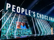 Stilul premiat la E!Choice Awards