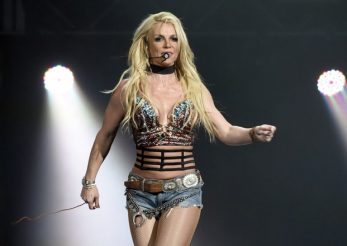 Britney Spears – piesă pentru cea de-a 39-a aniversare