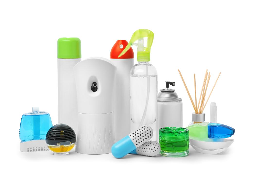 Cum să îți fabrici propriul odorizant de cameră