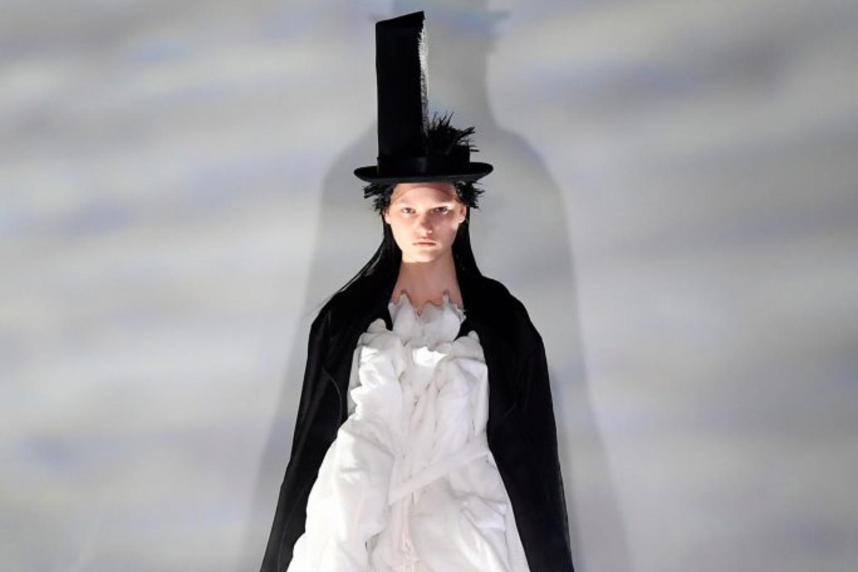 Comme des Garçons – senzație la Tokyo Fashion Week