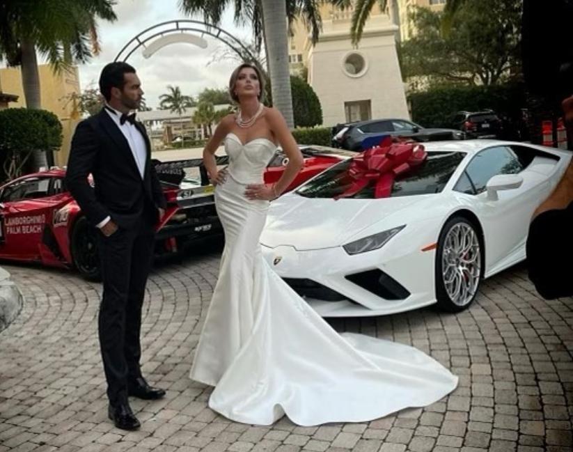 Fosta soție a lui Borcea a primit un bolid cadou de nuntă
