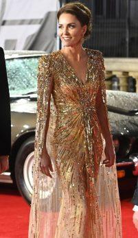 Glam marca Bond! Cât a costat ținuta ducesei Kate?